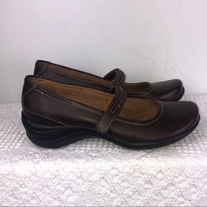 Hush Puppies Epic Mary Jane Flats (Size 7)